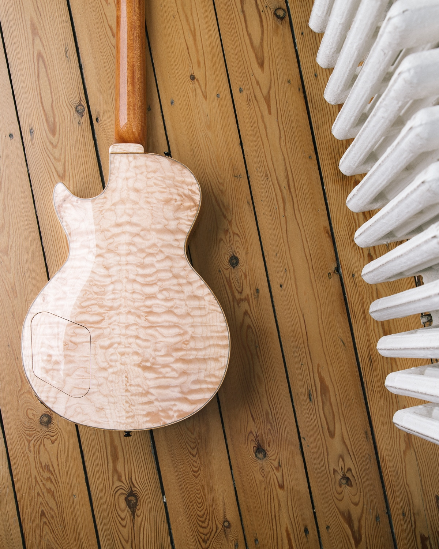 Guitare électrique - Gibson Les Paul - Luthier - Dos érable pommelé