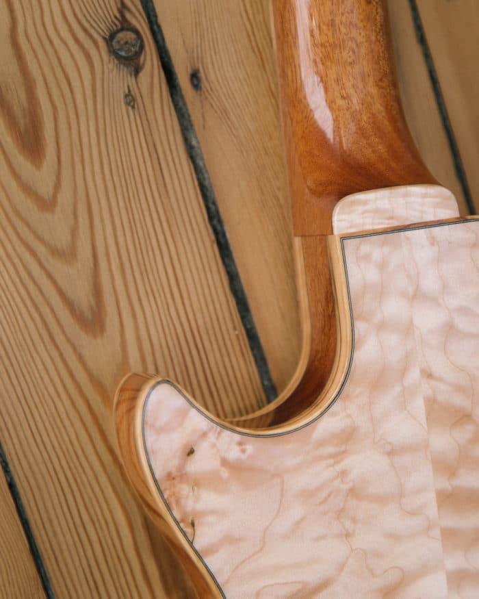 Guitare électrique - Gibson Les Paul - Luthier - Détail collage manche