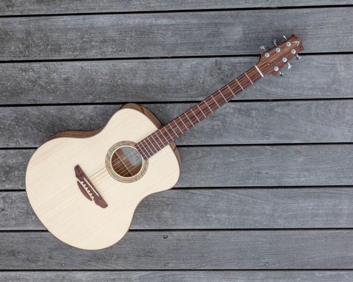 Guitare acoustique - Guitare folk - Table d'harmonie en épicéa