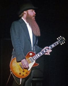 Billy Gibbons in concert with his Gibson Les Paul Standard 'Pearly Gates' de 1959