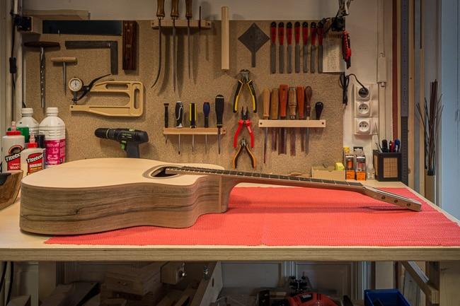 Guitare jazz manouche - fabrication luthier