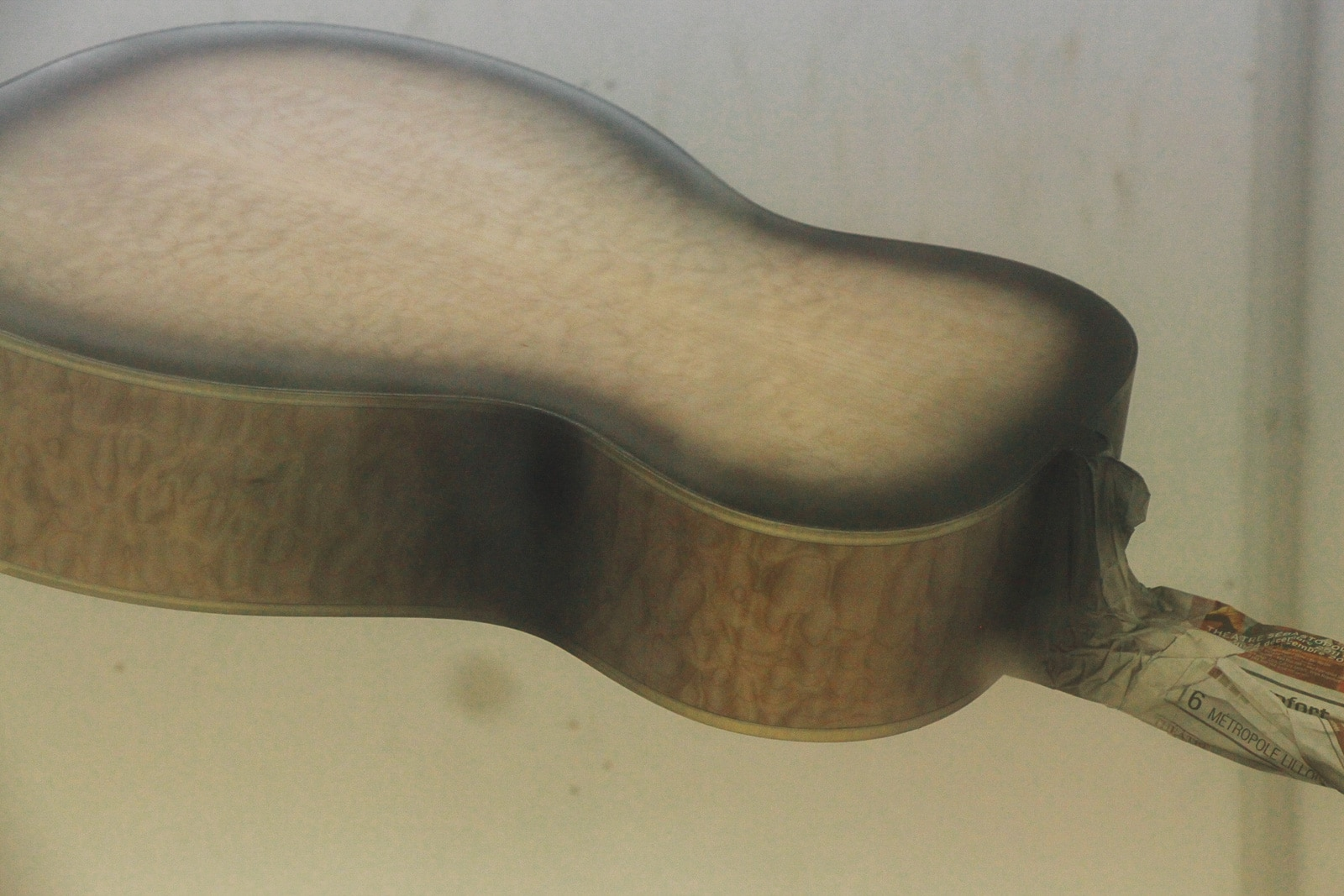 Mise en vernis - guitare - formation guitare